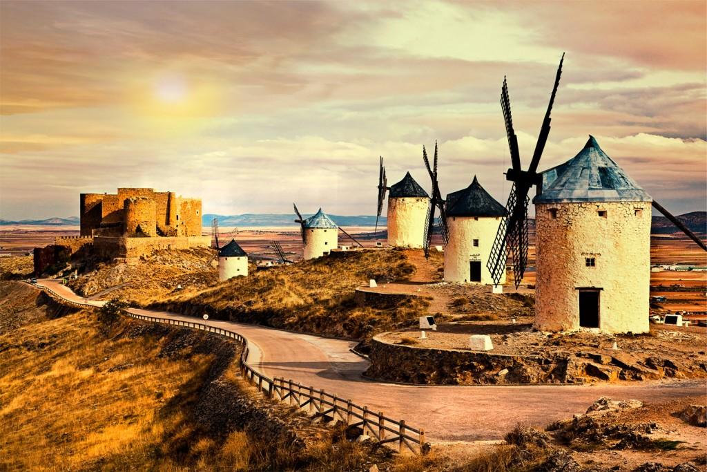 castilla-la mancha. molinos de Consuegra, Toledo