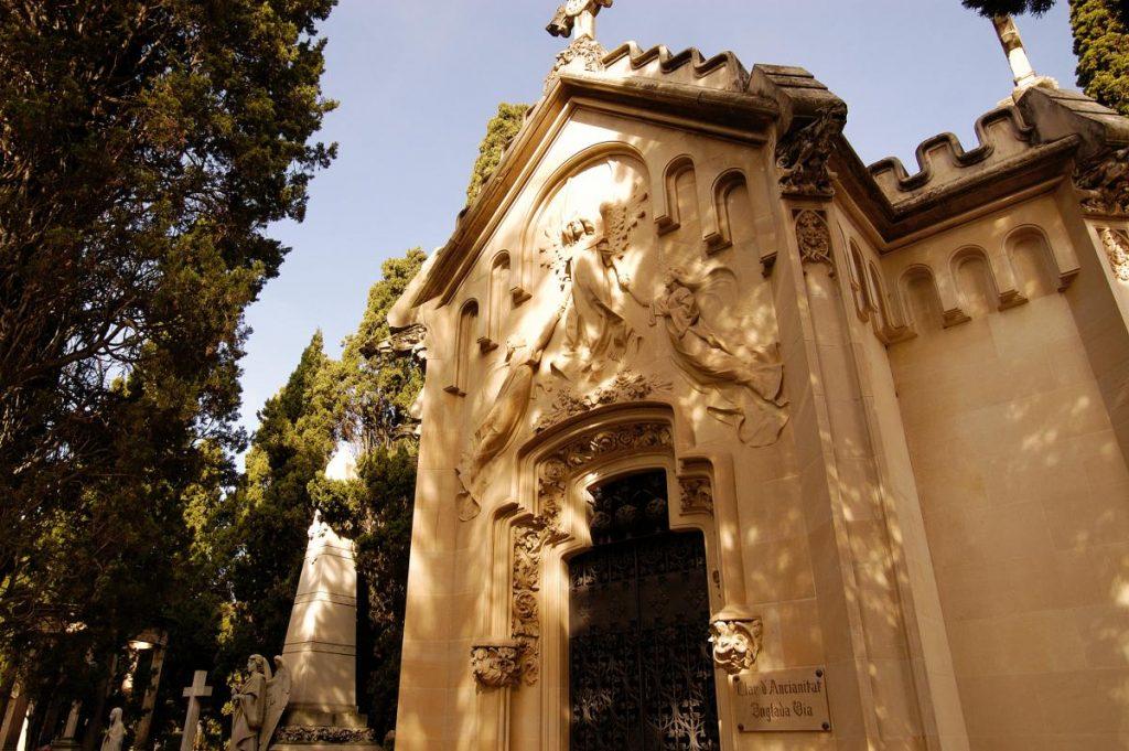 cementiri-de-turismevilafranca-com