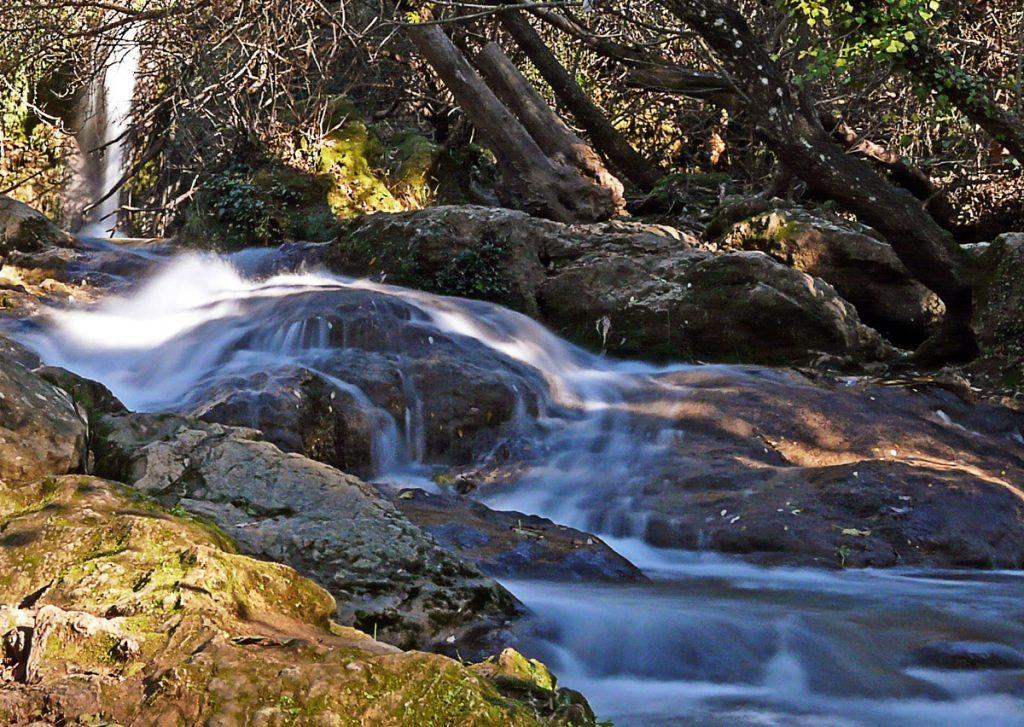 andalucia cascada hueznar sevilla