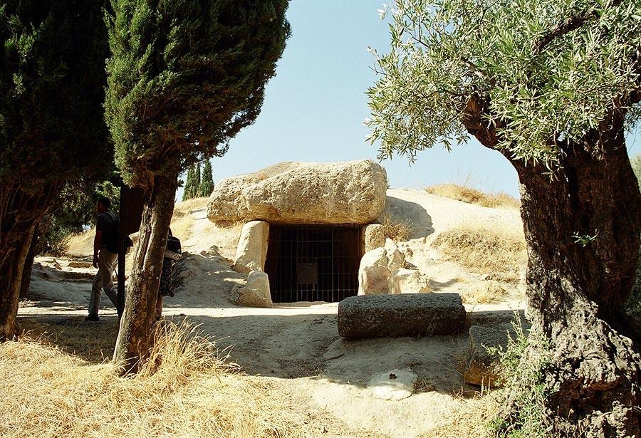 Dolmen de Menga. Vía Wikipedia
