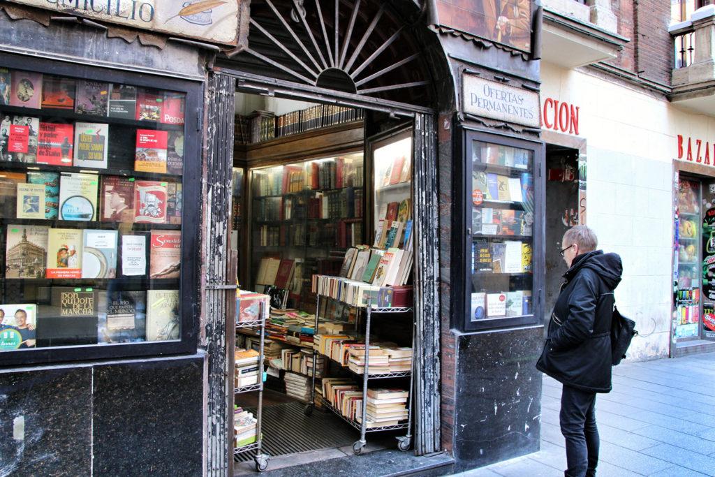 gentrificación librería antigua madrid
